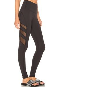 Beyond Yoga high waisted triple mesh legging